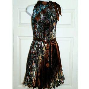 Sleeveless midi summer dress